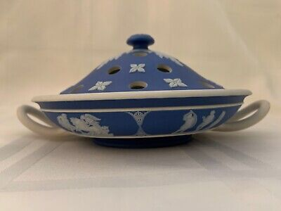 Rare Wedgwood (Only) Handled Lidded Jasperware Flower Arranger In Blue & White