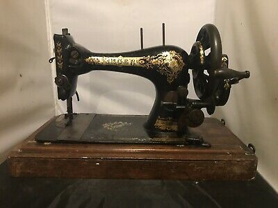 Antique  Singer Hand Crank Sewing Machine c1896