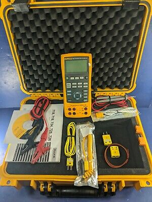 Fluke 724 Temperature Calibrator, Excellent, Screen Protector, Hard Case, More