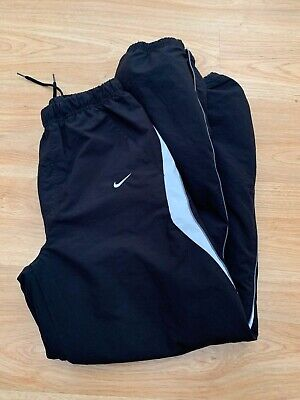 Boys Nike Tracksuit Bottoms in Black Football Size XL Ages 13-15 years / 99p !!!