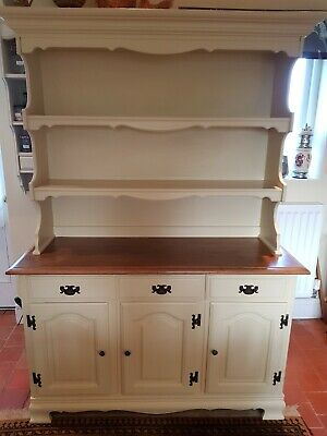 Beautiful large Oak Welsh Dresser sideboard with shelves - farmhouse cream.