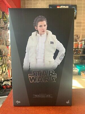 Hot Toys Princess Leia Hoth MMS423 Star Wars Empire Strikes Back Carrie Fisher