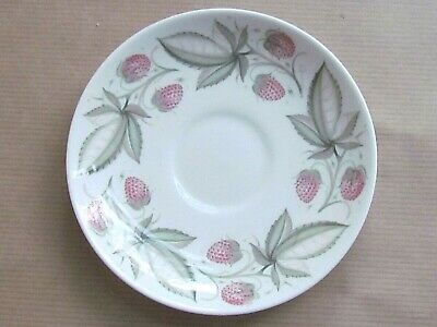 "SUSIE COOPER WILD STRAWBERRY C486 5"" COFFEE CUP SAUCERS (Ref5396)"