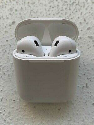 Good Condition Apple AirPods - 1st Generation