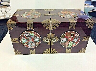 Beautiful VTG Wooden Oriental Trinket / Jewelry Box Inlay with Drawers