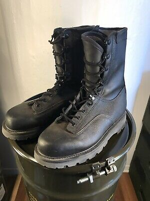 Canadian Forces Army General Purpose Combat Boots ( COMLETELY NEW )