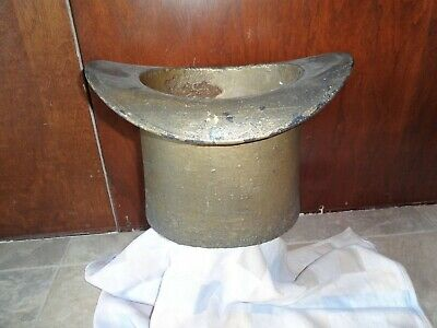 Early 1900's Antique Cast Iron Top Hat Spittoon Porcelain Lined. Cuspidor.