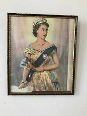 Framed Picture Of The Queen Elizabeth II Old Blighty Old Gold Wood Frame