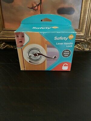 Safety 1st Child Proof French Door Lever Handle Lock One Hand Use Baby Lock NEW