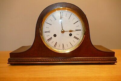 Vintage English mantle clock in full working order - See Details
