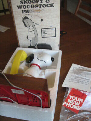 VINTAGE SNOOPY & WOODSTOCK Telephone in Original Box w/ Papers M# T8010