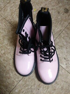 doc martens size 2 girls Boots pink. Great Condition