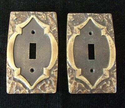 2 Vtg Amerock Monterey metal toggle light switch covers~ medieval keyhole look