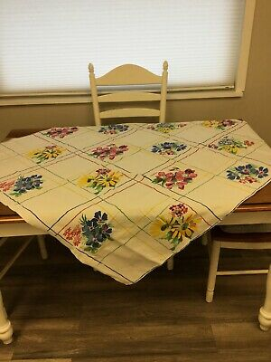 VINTAGE TABLECLOTH Multicolored Flowers