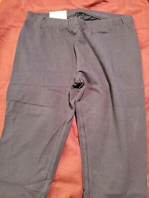 Kohl's Capri Leggings Size 14 New W Tags. Never been worn. Color is black.