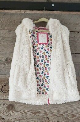 Mini Boden Faux Fur Sherpa Hooded Vest Size 6-7 Youth Cream