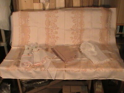 vintage lot of 4 linen tablecloths plus vintage aprons one beco's no res.