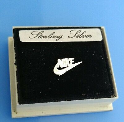 Sterling Silver Single medium Nike Swoosh symbol earring For left Hand Side ear