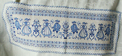 Vintage Traditional Austrian Blue & White Cotton Table Runner 25 Inches Long