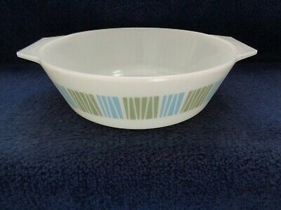 Vintage White Round Glass Pyrex Casserole Oven Ovenware Dish By Jaj