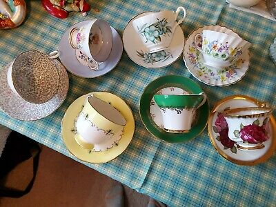 English Fine Bone China Tea Cups and saucers. Lot Of 7 sets (14 pcs)