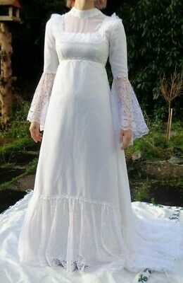 Beautiful Vintage 1960's White Empire Line Wedding Dress Bell Sleeves Size 6-8