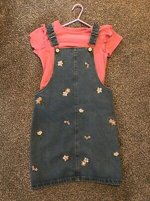 Girls Pink Frill T-shirt Top & Denim Dungaree Dress 9 Years Worn Once Outfit
