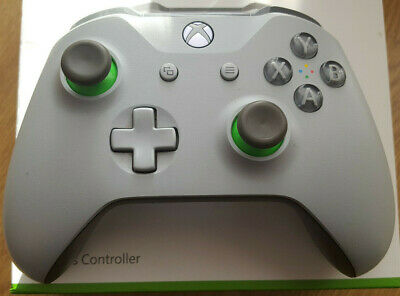 Microsoft Xbox One Wireless Controller - Grey/Green.
