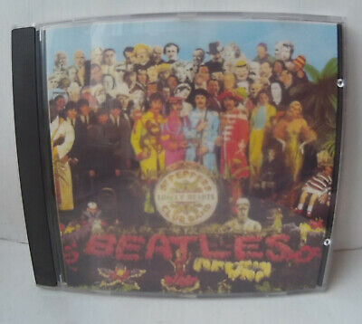 Beatles Sgt. Pepper's Lonely Hearts Club Band CD + Slipcase, Booklet & Cut-Outs
