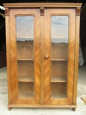 Victorian walnut glazed 2 door display bookcase / cabinet (ref 792)
