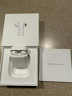 Apple Airpods 1st Generation Wireless Earbuds With Charging Case & Apple Box