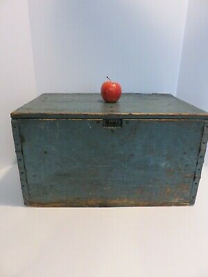 Simple Antique Shipping Box, Excellent Old Blue Paint For Bottom Of Stack Aafa