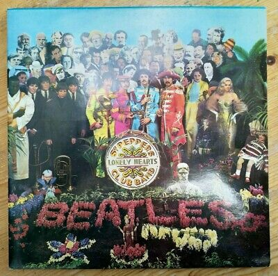 The Beatles ~ Sgt. Peppers Lonely Hearts Club Band ~ Gatefold & insert ~ 1993 re