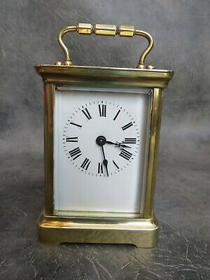 A GOOD WORKING BRASS CASED 8 DAY CARRIAGE CLOCK WITH KEY c1900 * SERVICED *