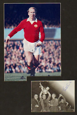 BOBBY CHARLTON  early signed photocard +pic in display UACCRD retirement sale