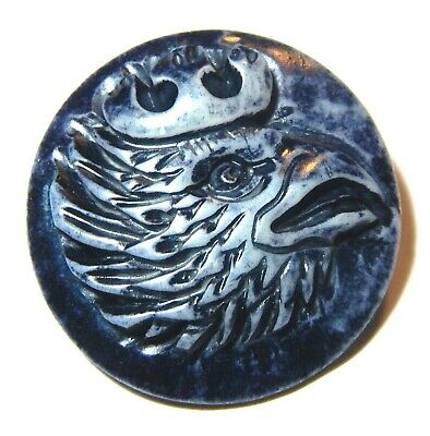 WONDERFUL UNUSUAL DYED BOVINE BONE BUTTON w/AWESOME ROOSTER HEAD