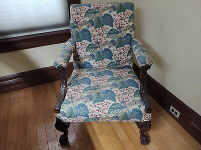 Antique 18th century carved Chippendale  Chair