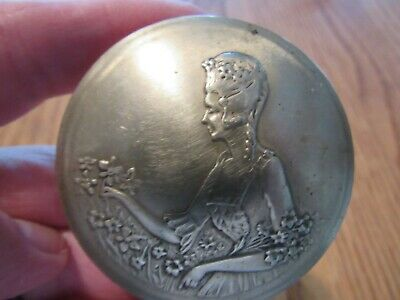 ANTIQUE AMERICAN 1920's  NORIDA SILVER PLATED BRASS COMPACT