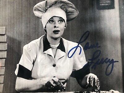 LUCILLE BALL I LOVE LUCY SIGNED AUTOGRAPHED VINTAGE 8x10 PHOTO DESI ARNAZ