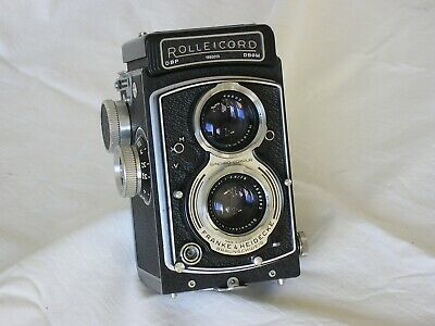 Rolleicord V, f/3.5, 1-1/500th,  case, film tested, all working, superb cond.