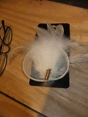cream/off white fascinator nwt embellished