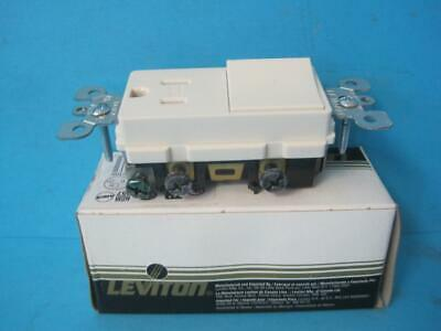 NEW Leviton Decora 15 amps 125 volt Light Almond Combination Switch/Outlet 5-15R
