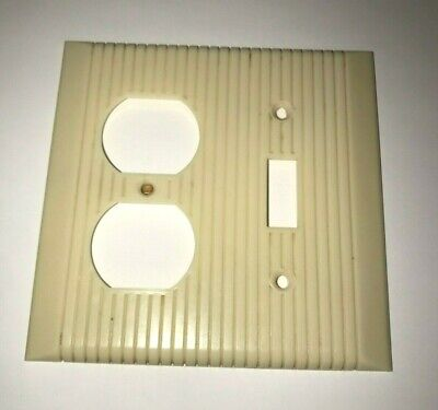 Vintage Ribbed Bakelite GE Toggle Switch-Receptacle Combo Cover Plate