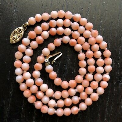14K Gold Antique Chinese Carved Angel Skin Salmon Coral Beaded Necklace Art NICE