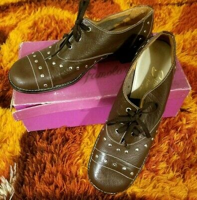 1960s 1970s Size 9 Vintage Studded Lace Up Shoes - New In Box