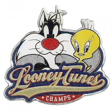 New Official Genuine Looney Tunes Sylvester And Tweety Pie Pin Badge