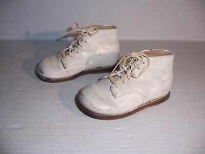 Vintage Edwards White Leather Baby Toddler Infant Shoes Mismatch Sizes