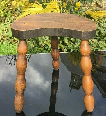 French OAK Milking Stool 3 LEGS BOBBIN SPINDLE Legged CURVY HALF MOON Charming