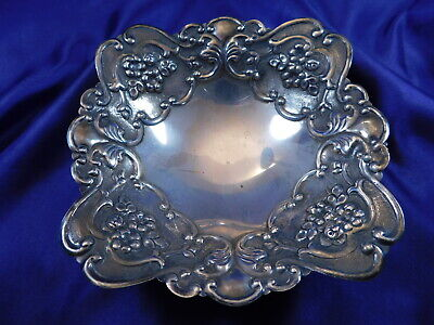 South American (?) Repousse Footed .900 Silver Candy/Trinket Dish - Very Good Q