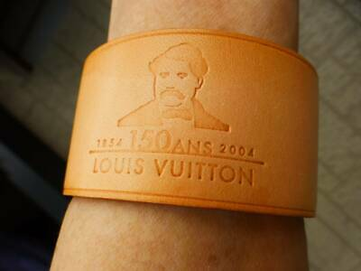 Louis Vuitton Not for Sale 150th anniversary TOKYO 2004 leather bangle unisex